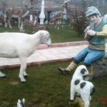 Çoban Çocuk Heykeli
