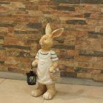 Ada Sepetli Tavşan Figürü