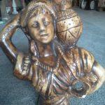 Antik Vazolu Kız Maketi