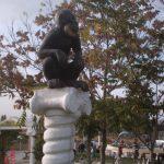 Maymun Figürü