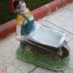Mini Arabalı Erkek Çocuk Heykeli