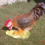Yemliyen Horoz Figürü