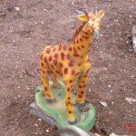 Zürafa Heykeli